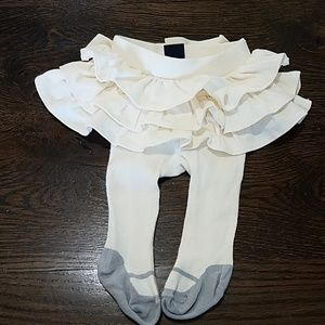 Gap cream skirt with attached tights, 0-3 months.
